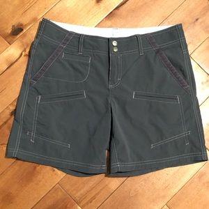 Athleta Trekki Outdoor Shorts Size 4